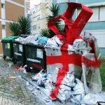 Bordalo II streetart xmas consume